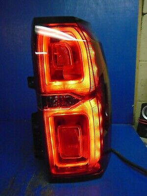 15 16 17 18 19 Suburban Tahoe LED tail light II786 84467057 Right RED LENS Nice
