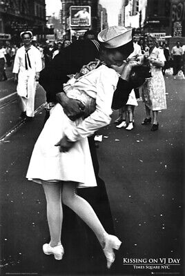 Kissing on VJ Day Poster 24 x 36 WWII Times Square New