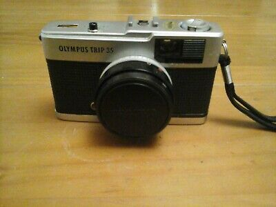 vintage olmpus 35 point and shoot camera