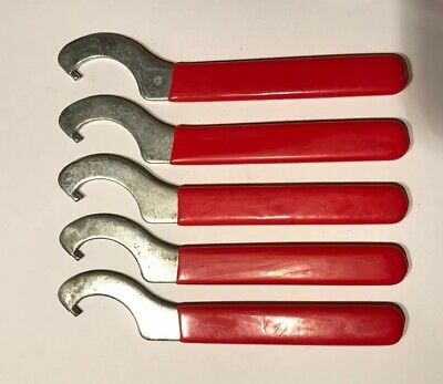 WRENCH FOR BEER FAUCET COUPLING NUT RED VINYL TOOL FOR DRAFT SHANK COUPLING RING