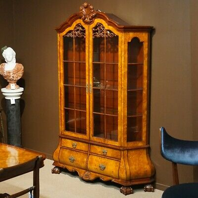 Bombe China display Cabinet traditional mahogany and burl with LED lights