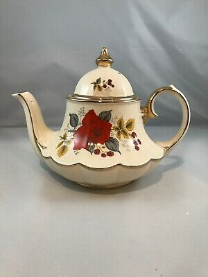 Ornate SADLER ENGLAND Teapot W/ Dome Lid * Gold Gilt Trim & Rose Motif * (C2)
