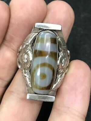 Wonderful ancient antique old silver Ring beautiful Agate eye.92.5/20grams