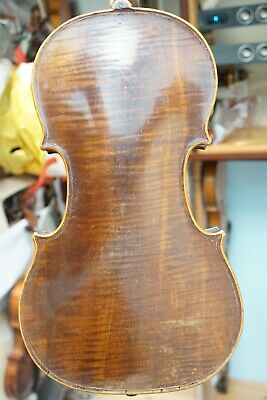 Interesting French violin before 1850, remnants of label 'Pie.....'