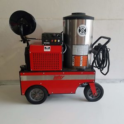 Used Hotsy 843SS 1PH / Diesel 4GPM @ 2000PSI Hot Water Pressure Washer & Reel