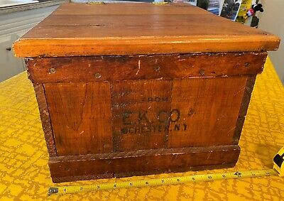 Antique E.K.CO KODAK Wooden Shipping Crate 20 Doz 5x7 Camera Large Format Film