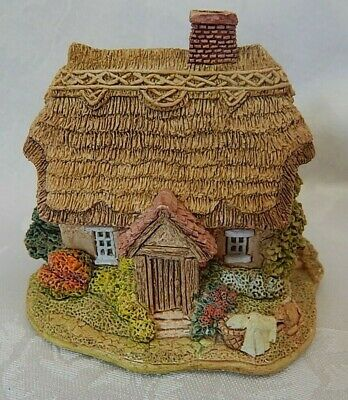 "Lilliput Lane ""Wash Day"" Excellent Condition"