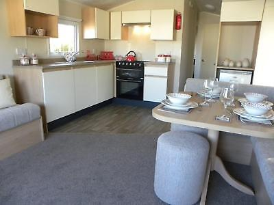 6 berth caravan for sale, sited @ Naze Marine Holiday Park ** HEATING THROUGHOUT