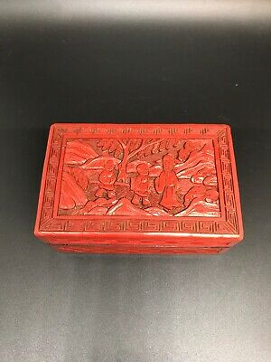 Vintage Oriental Red Cinnabar Carved Lacquer Trinket Box. Pre-Owned