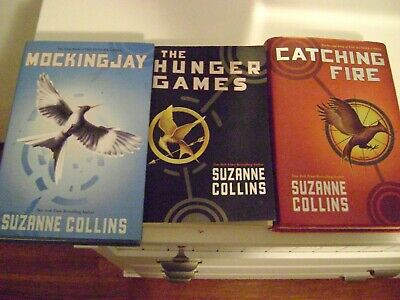 The Hunger Games Trilogy by Suzanne Collins 3 book set