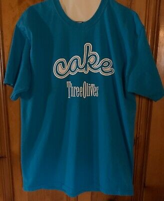Three Olives Vodka Cake T-shirt Size Large Collectable