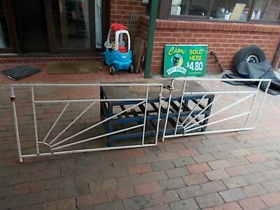 VINTAGE WROUGHT IRON DRIVEWAY  GATE 1960s IN GOOD CONDITION
