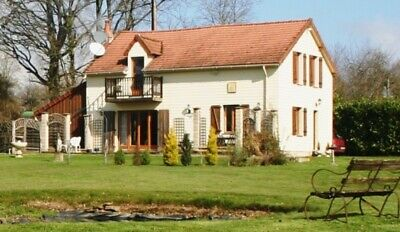 RENOVATED  4 BED COUNTRY HOUSE WITH 5962m2 OF ENCLOSED LAND, VIEWS, PRIVATE SET