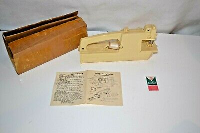 Vintage Carol Wright Gifts Toy Battery Operated (4 D Cell) Sewing Machine w/ Box
