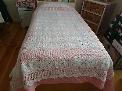 Vintage Handmade White Rectangle Tablecloth/Bedspread - Heavy -