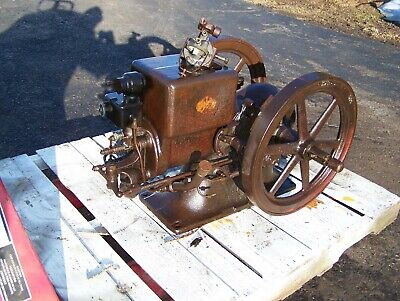 Old IHC McCORMICK DEERING 1 1/2hp TYPE M Gas Engine Black Vacuum Pump Milker WOW