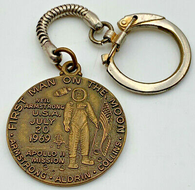 First Man On The Moon Keychain Co-op Advertising Coop 1969 20-406