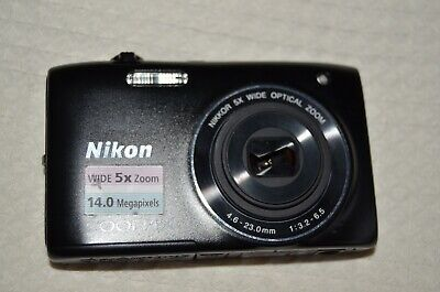 NIKON Coolpix S3100. Immaculate BUT with lens fault.