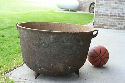 "Large Cast Iron Cauldron 26"" three footed Cooking Pot Antique Cowboy Kettle"