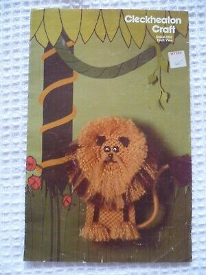 70s Vintage Macrame Pattern Lion Cleckheaton Craft Instructions Wall Art Hanging
