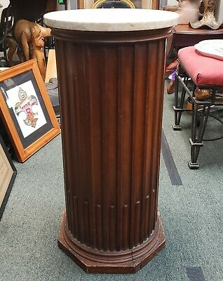 Mid 20th Cent Weiman Furniture Heirloom Quality Kameo Wooden Marble Top Pedestal