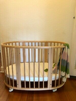 Stokke Sleepi Cot natural timber great condition