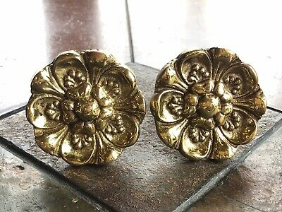 Vintage Heavy Brass Curtain Tie Backs Wall Mounted Flower Medallion Stamped 2623