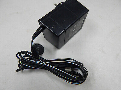 CANON AC/DC Power Adapter MODEL: PA-04R Output- 10volt DC @ 500mA