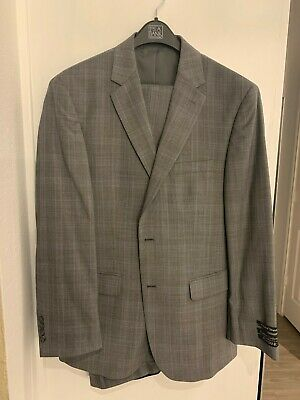 NWT Gray Jos A. Bank Traveler's Tailored Fit Windowpane 41R/35W