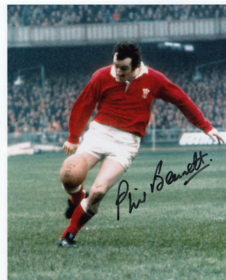 Welsh Rugby Union Legend Phil Bennett - Signed Col 10X8 Photo - British Lions