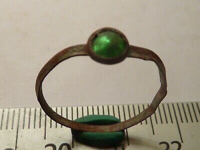 6053	Byzantine bronze ring with a green glass 19mm