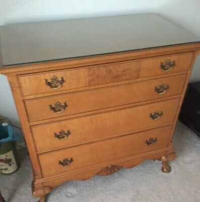 Queen Anne Tiger Maple Dresser..1940s JOHNSON FURNITURE GRAND RAPIDS MICHIGAN