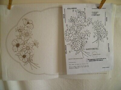 Vintage Hobbytex Spring Flowers Centrepiece #8566 Doiley Doily to Paint Placemat