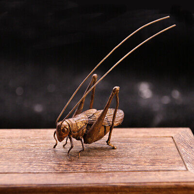 old Copper Hand carved Lifelike Grasshopper locust statue Small ornaments