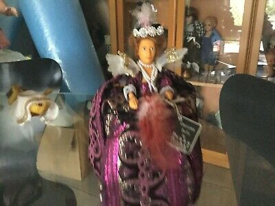 Vintage  Historical doll By Peggy Nisbet No 249 Anne of Denmark V.G.C.