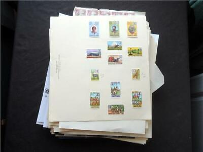 UPA6305 NR 186 pics B COMMONWEALTH MINT & USED STAMPS COLLECTION ON LOOSE LEAVES