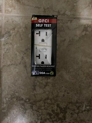 Hubbell White 20-Amp Decorator GFCI Residential/Commercial Outlet GFTW20WZ