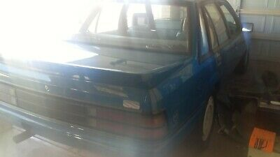 holden commodore vk ss replica  lookalike