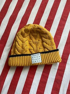 Country Road Beanie Unisex As New