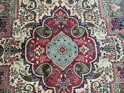 ORIENTAL WOOL RUG, Hand knotted, 3m by 2m.