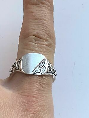 Antique Solid Silver Gents Signet Ring with Blank Cartouche - (c1900)
