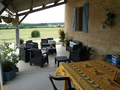 S.W. France, Stunning 4 bedroom farmhouse + 8 bedroom Villa with land & pool