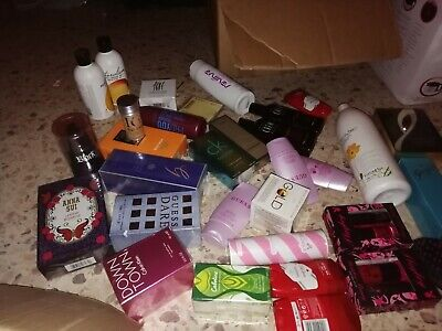 Lots COSMETIQUES /PARFUMS