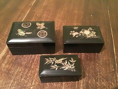 Antique Set of 3 Chinese Foochow Lacquer Nesting Bokes/ LING TAI MI WARE