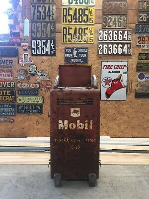 Mobil Battery Fast Charger Tester Gas Oil Station Automobilia Vintage Mancave