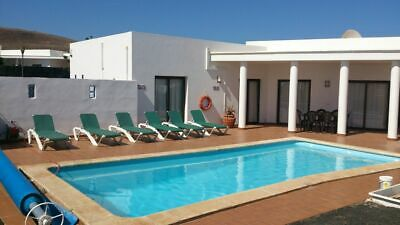 Villa rental 2021 Lanzarote - sleeps 6 - WiFi/Air-Con/Heated Pool (deposit only)