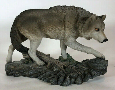 "Living Stone Gray Wolf Figurine '97 ""Wolf On The Prowl"""