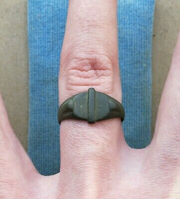 "Authentic Medieval Viking Era Bronze Ring "" Dragon Claw Bezel "" Very Rare"