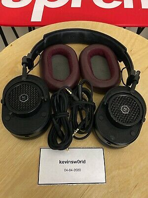 Master & Dynamic MH40 Over-Ear Headphones with extra Burgundy Ear Pads