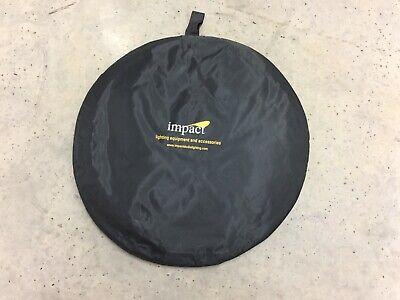 "Impact 5-in-1 42"" x 72"" Collapsible Oval Reflector Excellent Condition"